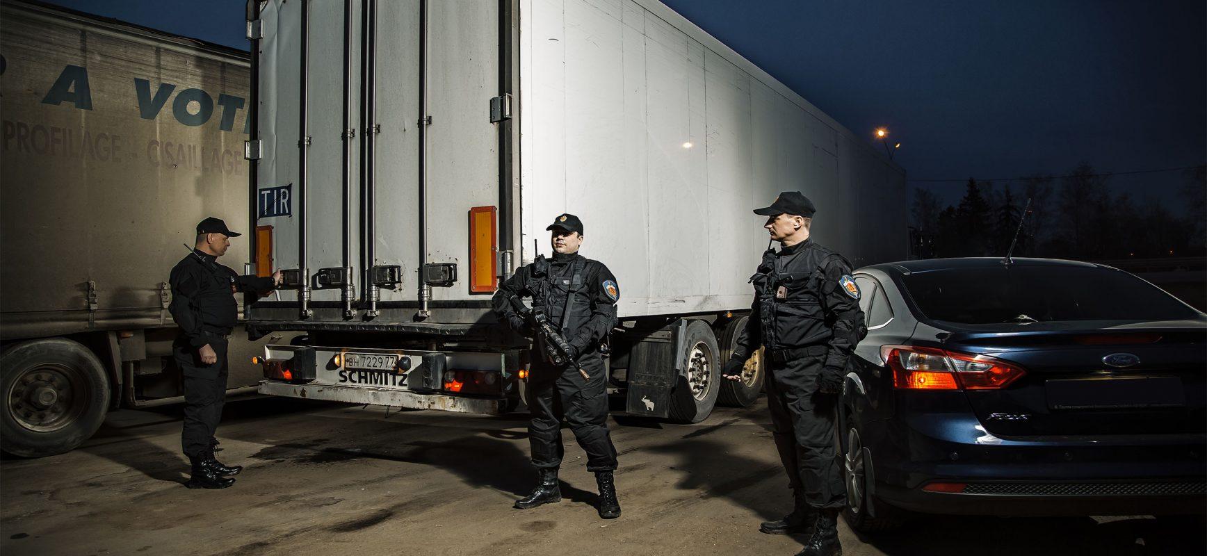 Услуги ЧОП по охране объектов и сопровождению грузов